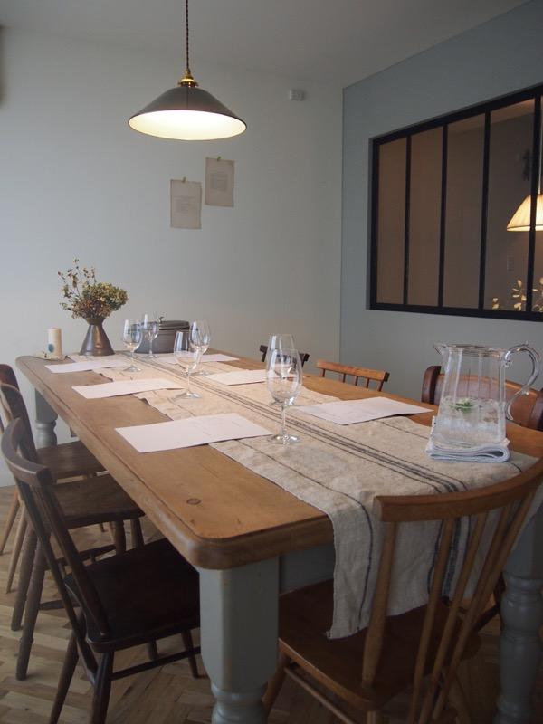 清水紗智、料理教室スタジオ風景