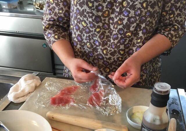 「調理風景」清水紗智料理教室アビエスフィルマ